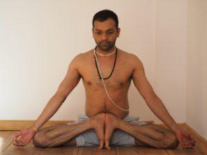 Grafika wpisu Pawan Pandey – joga na scenie Amfiteatru